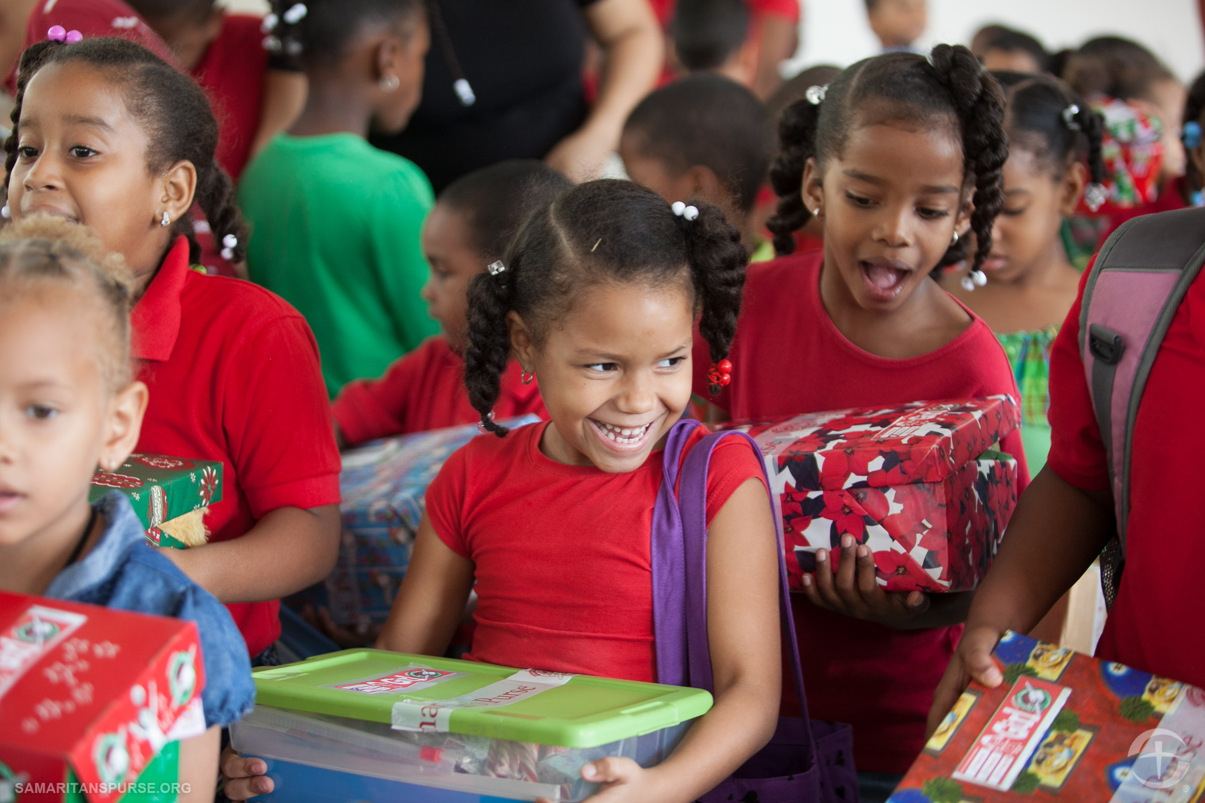 100 millionth shoebox delivery in Dominican Republic.