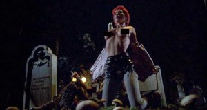 Linnea Quigley The Return Of The Living Dead nude 300x160