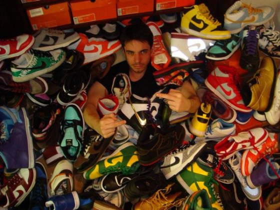 dj am buried in dunks 560x419
