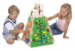 CHILDREN PYRAMIDANPYR9000 300x204
