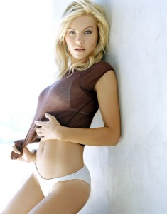 elisha cuthbert fhm sexiest 235x300