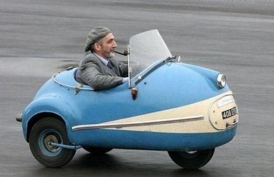 2030 mini car 560x361