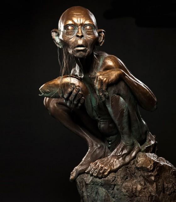 bronze gollum 560x644