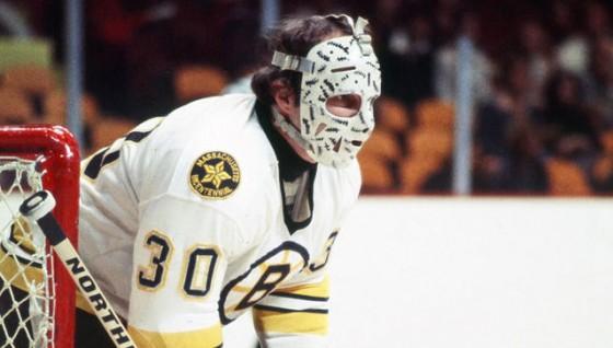 cheevers goalie mask 560x318