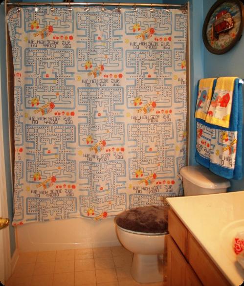 pacmanbathroom