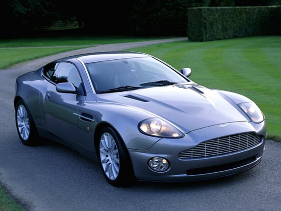 split second aston martin vanquish 560x420