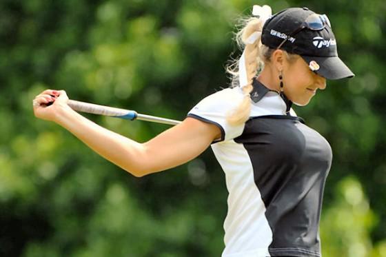 Golf Girl 1 560x373