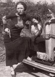 220px BonnieParkerCigar1933