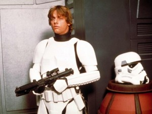 star wars luke and a beheaded stormtrooper 500x375 300x225