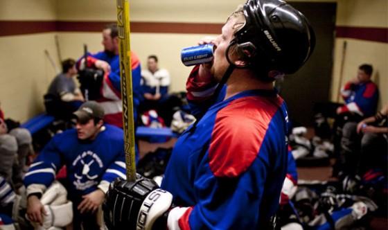 beer league hockey 590x350 560x332