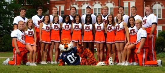 Auburn Cheerleaders 560x247