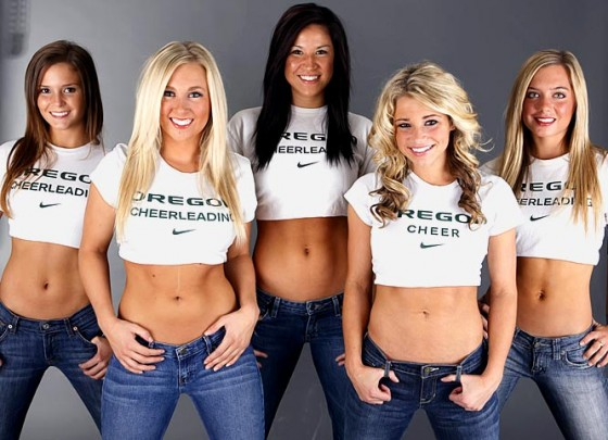 Oregon Cheerleaders1 560x405