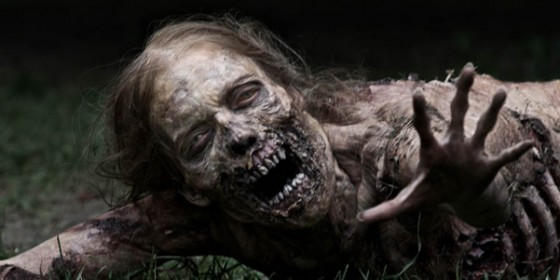 walking dead zombie girl torso WIDE 560x280