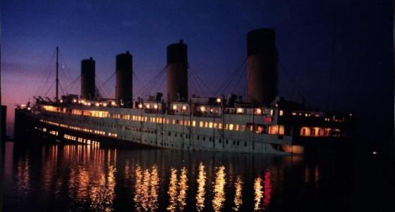 titanic 560x301