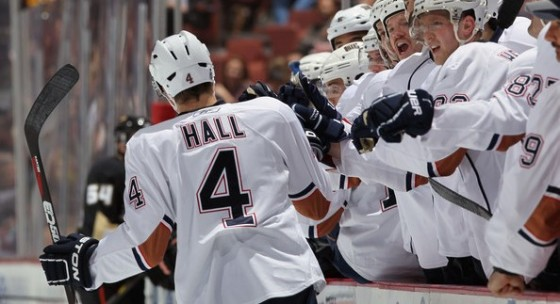 Taylor Hall Taylor Hall 4 of the Edmonton Oilers receives high fives from the bench after scoring a goal against the Anaheim Ducks in the second period at the Honda Center on November 21 2010 in Anaheim California e1308891416421 560x304