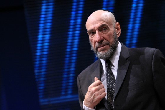 F. Murray Abraham 560x373