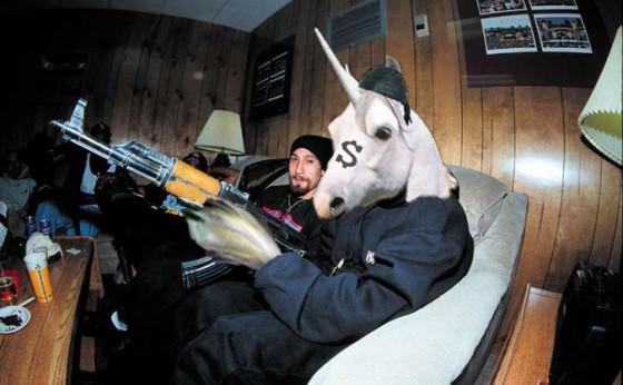 gangsta unicorn 11 560x346