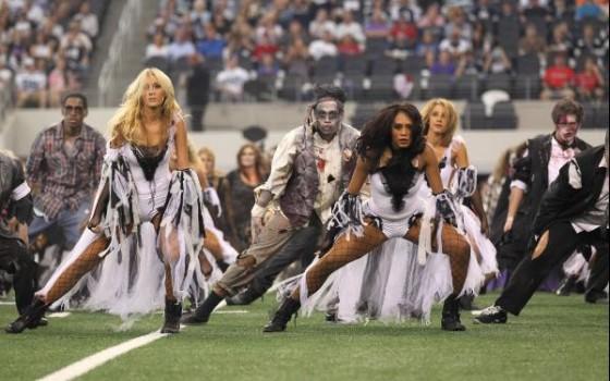 NFL Halloween 2011 02 560x350