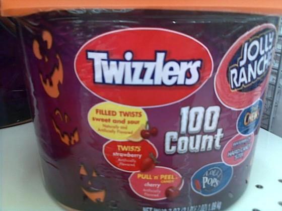 Twizzlers 560x420