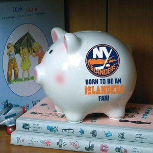 islanders piggy bank