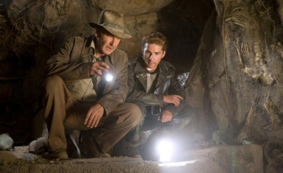 kingdom of the crystal skull 560x343