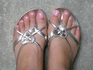 feet 300x225