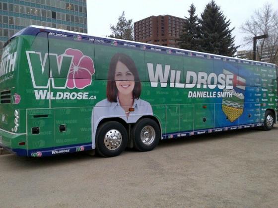 campaign bus 560x420