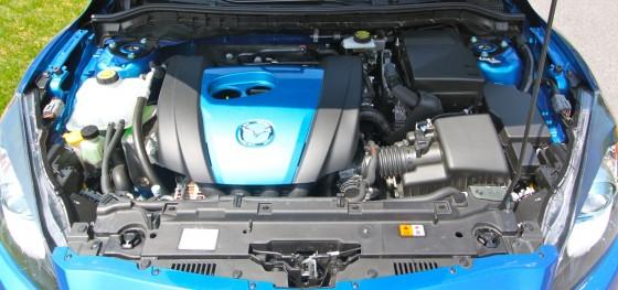 Mazda 3 9 560x263