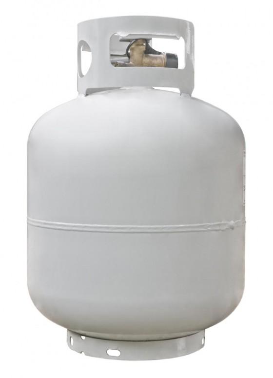 barbecue propane tank 560x775