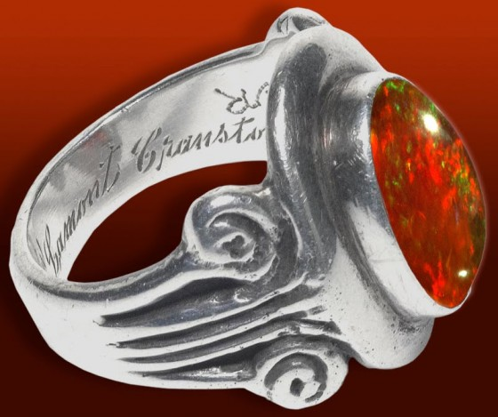 Ring WBGibson 01a 560x469