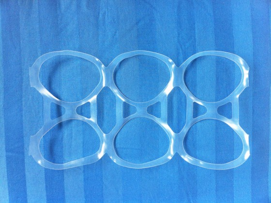 six pack ring 560x418