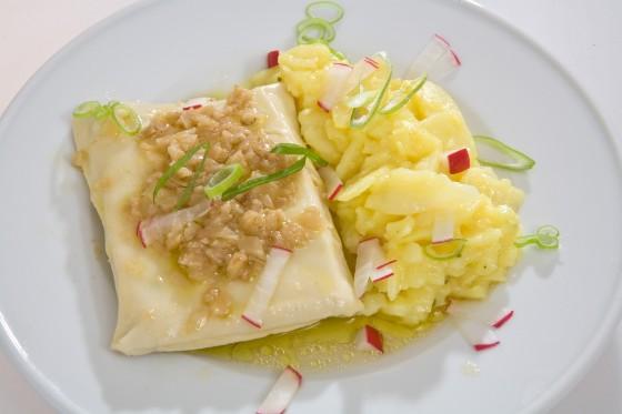 Maultasche Kartoffelsalat 560x373