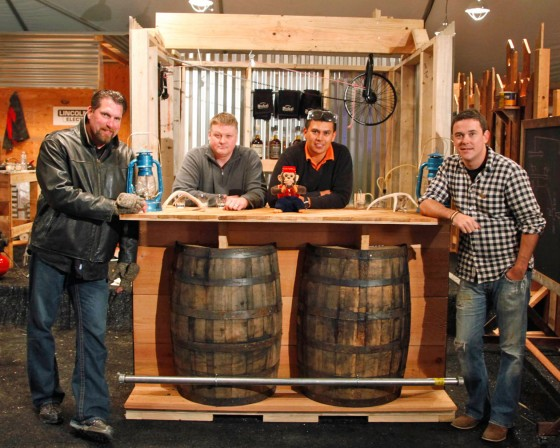 Whiskey Barrel Bar 560x448