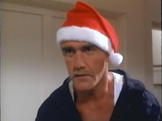 santa with muscles 560x420