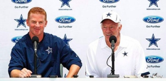 jerry jones press conference 560x273
