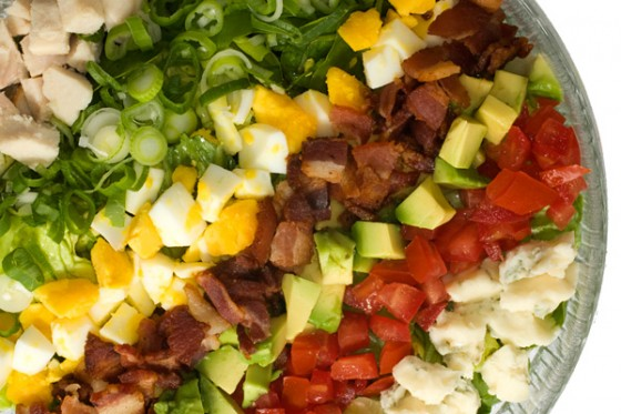 11061 cobb salad 600 560x373