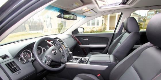 2013 Mazda CX9 Interior 1 560x280