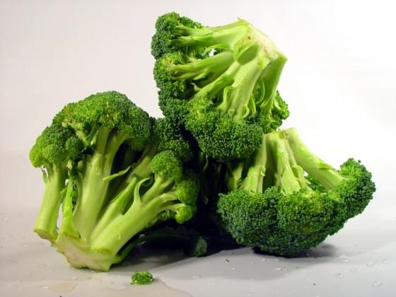broccoli 560x420