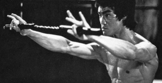 bruce lee nunchucks 560x286