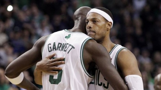 kevin garnett and paul peirce 560x314