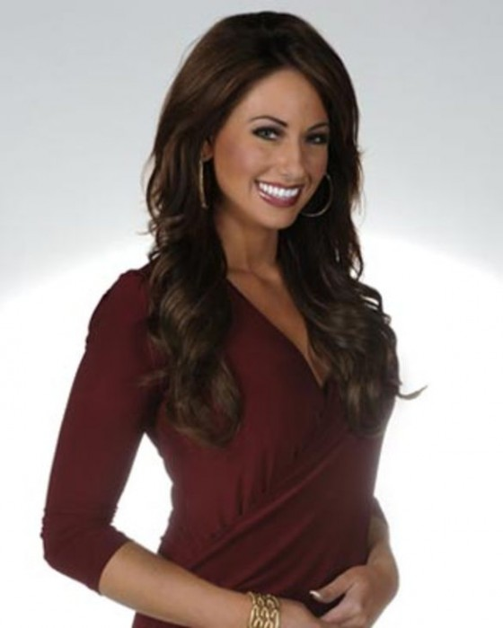 7 holly sonders golf channel 560x699