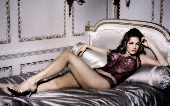 24 kelly brook piranha 3d 560x350