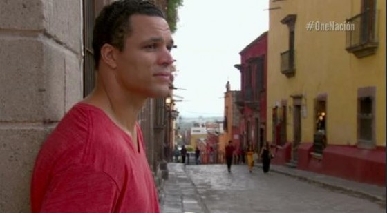 Tony Gonzalez learns Spanish 560x309