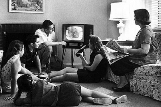 tv 560x373