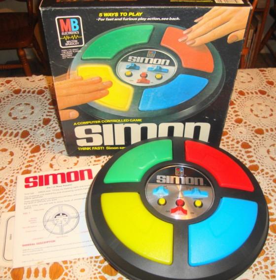 simon 560x568