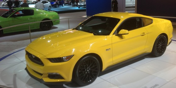 Ford Mustangs 560x280