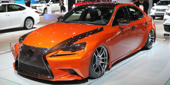 Lexus IS 250 F Sport 560x280