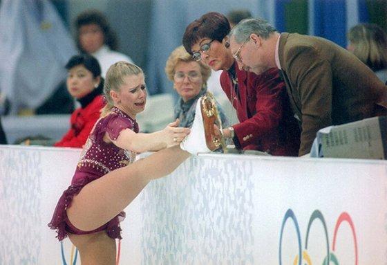 tonya harding skating 2 560x383