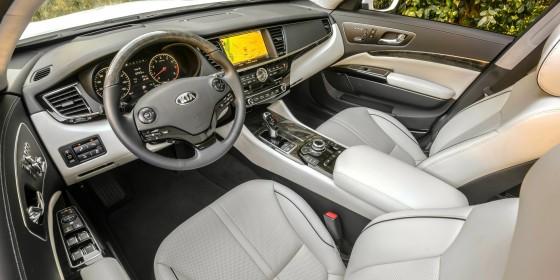 2015 Kia K900 Interior 2 560x280