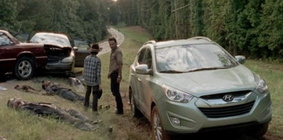 more hyundai product placement for the walking dead season 4 560x278